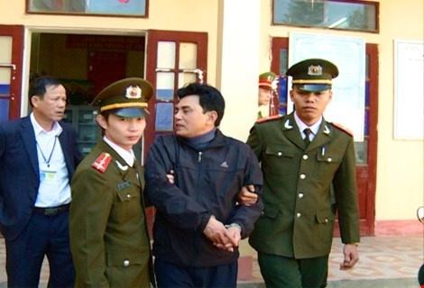 luc-luong-cong-an-thi-hanh-lenh-bat-nghi-can-tran-quoc-hoi-bb-baaachQ65X