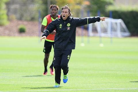 Tân HLV Antonio Conte truyền lừa cho cầu thủ Chelsea